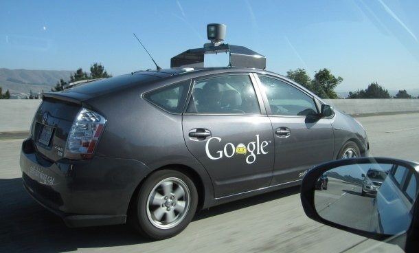 masina care se conduce singura - google